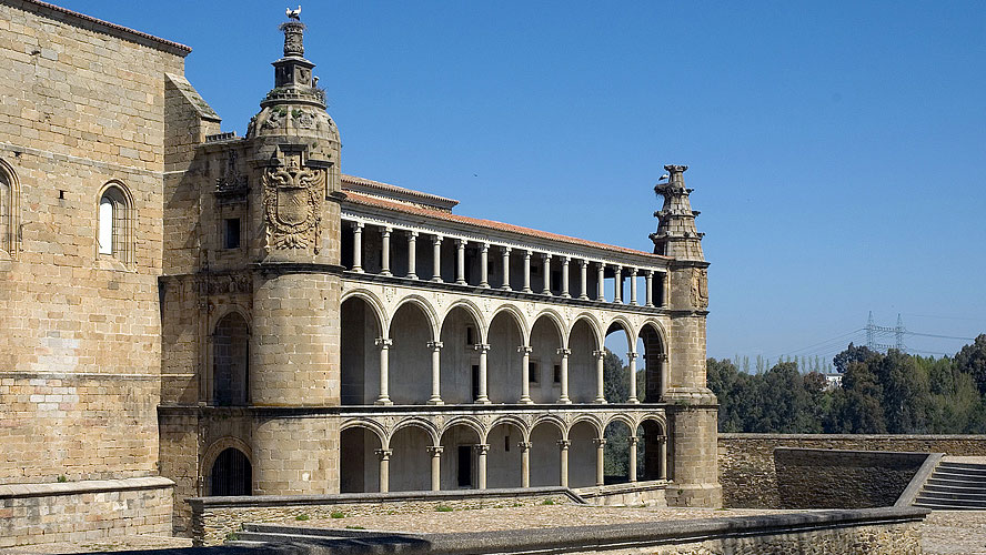 spanjemijnland   Monasterio San Benito - Alcántara