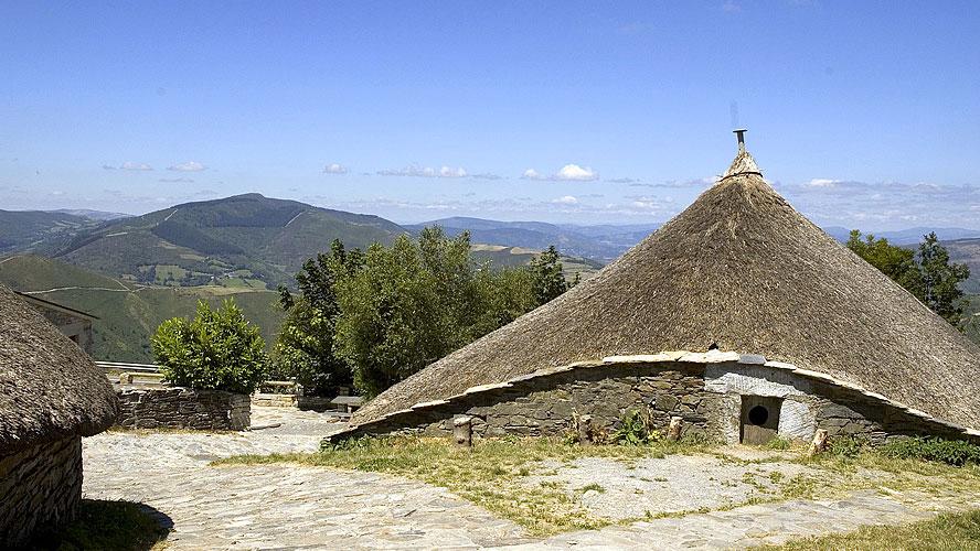 spanjemijnland | het pelgrimsdorp O'Cebreiro