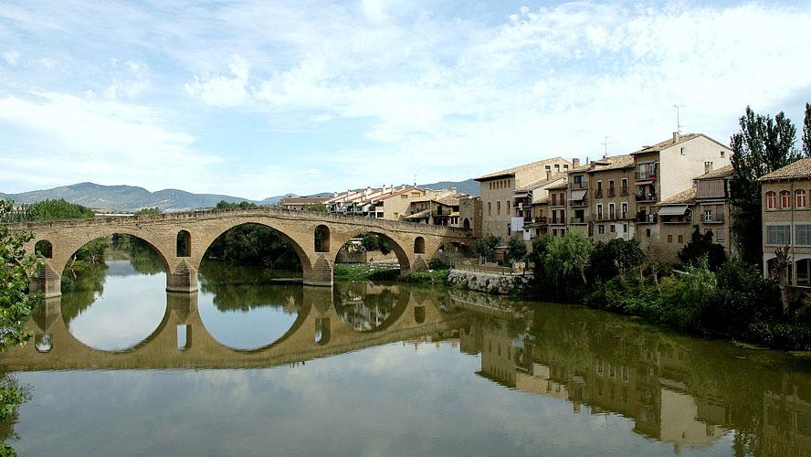 spanjemijnland | de romaanse brug van Puente la Reina